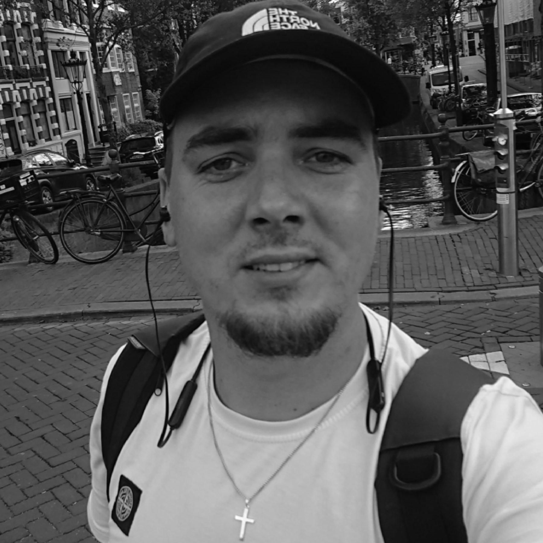 Bouke Lourens aan de Amsterdamse grachten